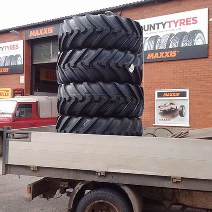 different size tyres on a truck
